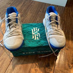 Nike Kylie Irving Basketball Sneakers